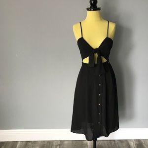 TOBI Tie Front Dress 🖤